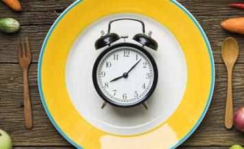 「炭水化物は最後までキープ」食べる順番で血糖上昇抑える