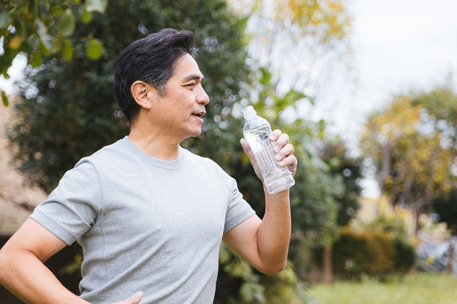 血圧に効果的な飲み物と控えた方が良いもの